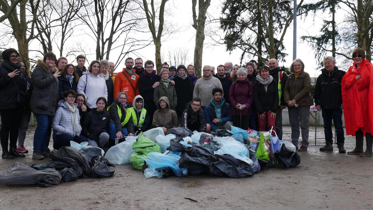 chateauroux clean walkers